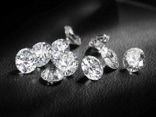 Mơ thấy kim cương là điềm báo gì, đánh con gì may mắn?