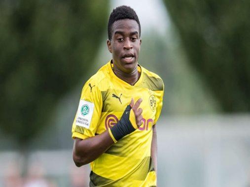 Borussia Dortmund muốn giữ chân ngôi sao trẻ khi có màn ra mắt ấn tượng