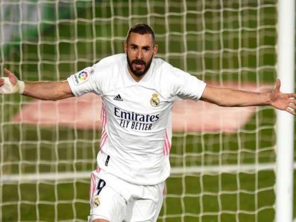 Tin thể thao trưa 21/12: Benzema ở một đẳng cấp khác