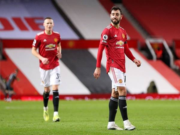 tin-the-thao-7-2-bruno-fernandes-chi-trich-hang-thu-man-united