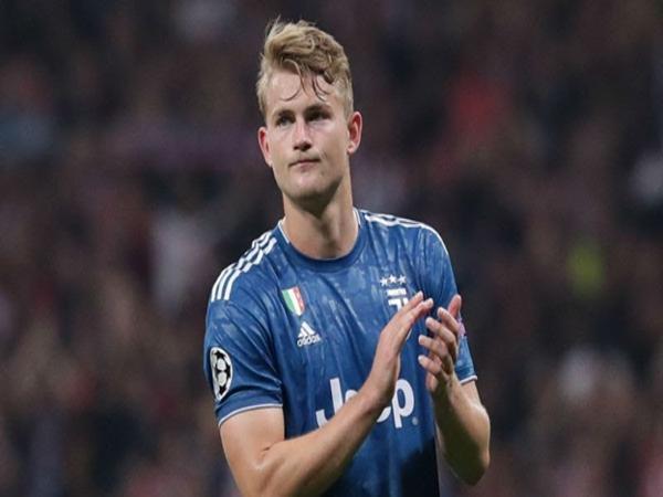 Matthijs de Light đã thành công khi thuyết phục CLB Juventus chiêu mộ mình.